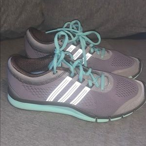 Adidas women's shoes size 7 grey /mint